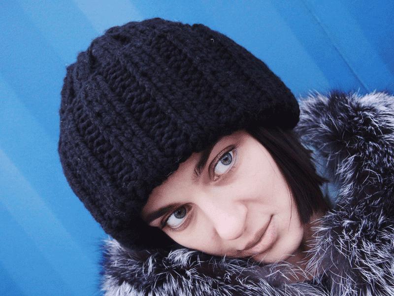 black kntted yarn wool hat