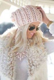 very thick yarn hat for women