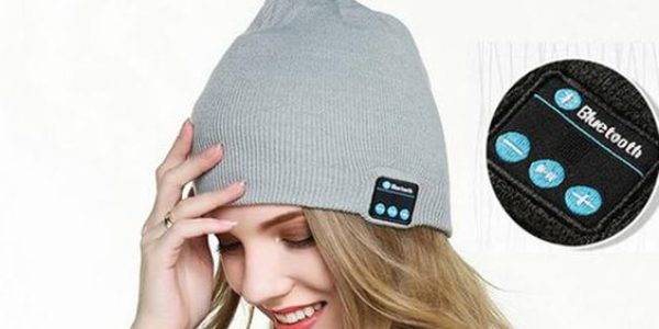 wireless headphones hat for women beanie