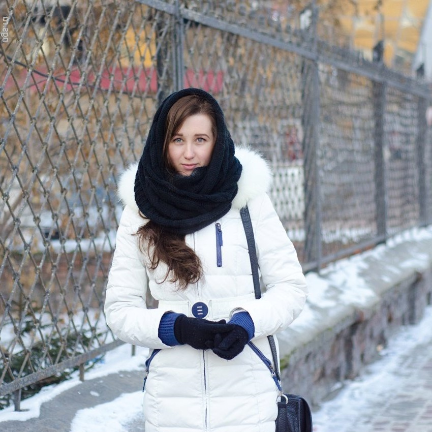 black cap scarf with white coat