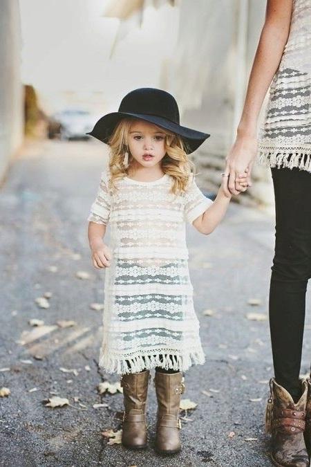fashionable children hat for girls