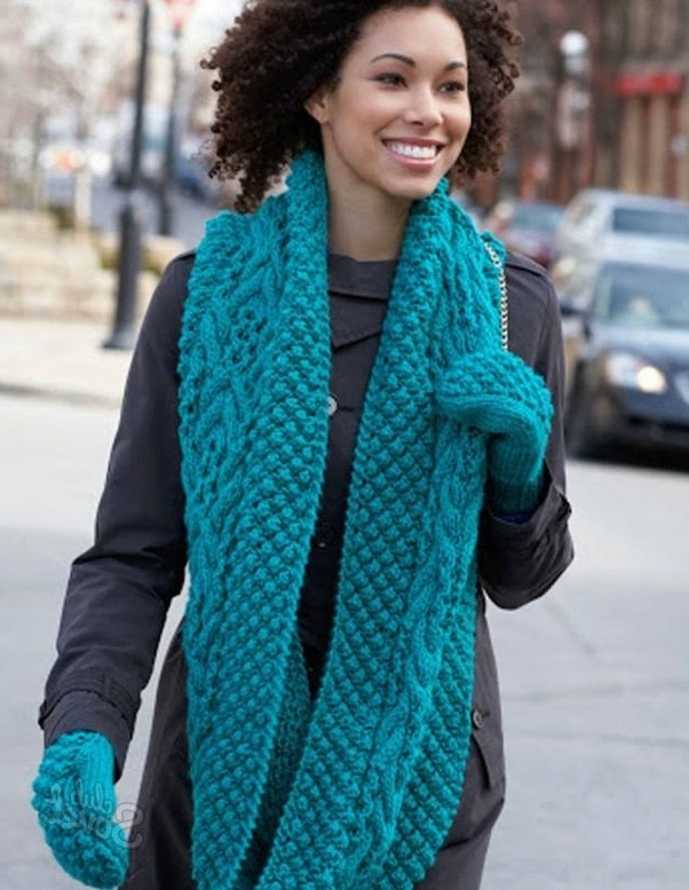 lengthy scarf with gloves