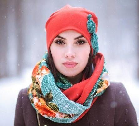 stylish scarf cap made with fleece