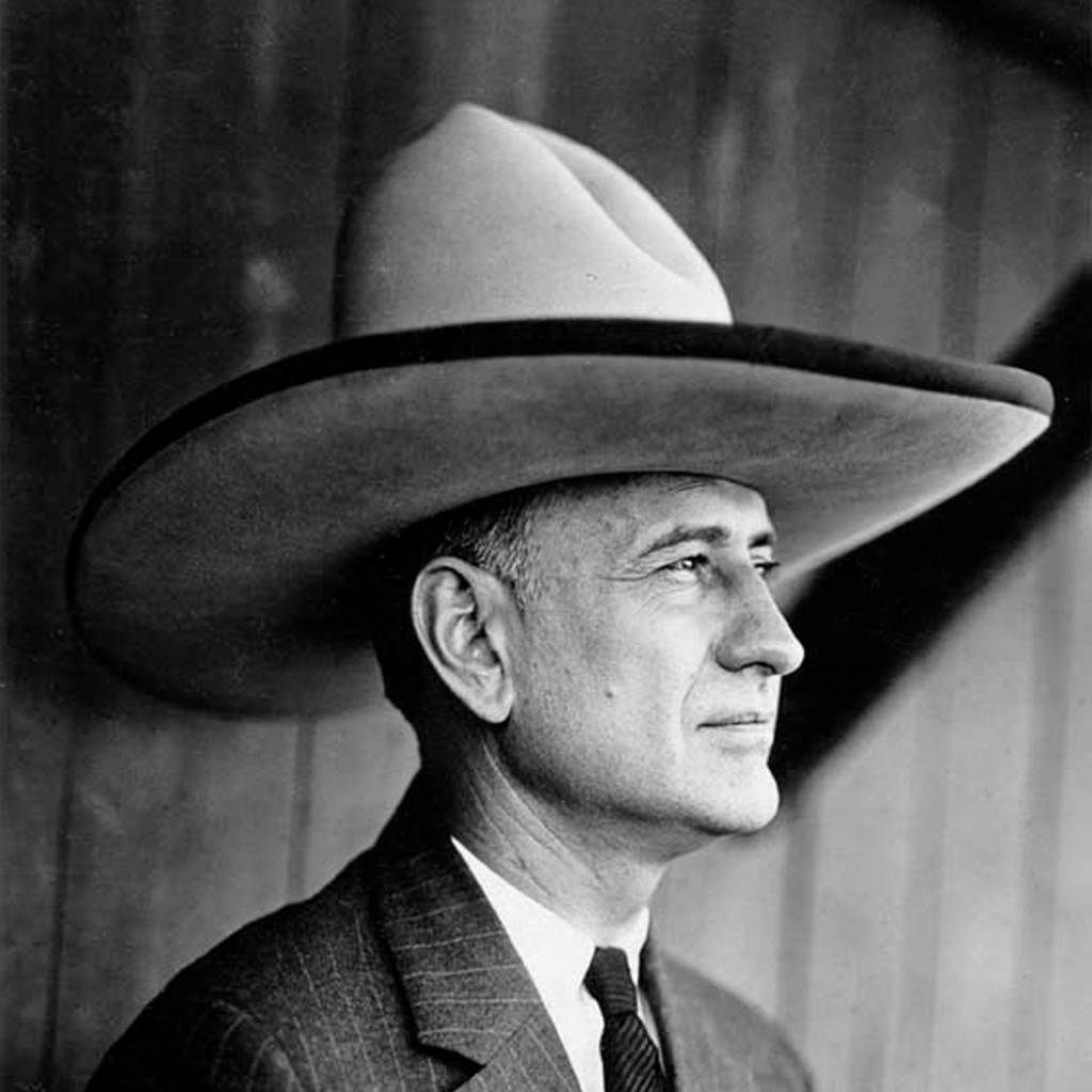 Facts About 10 Gallon Hats and Why We Call It Like That 772424860c3